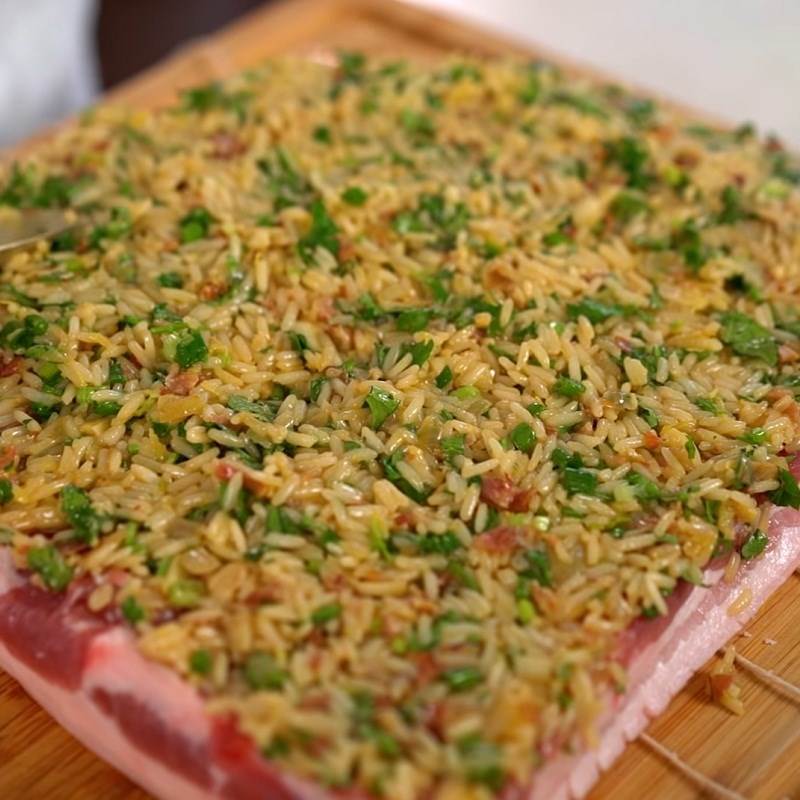 Bước 5 Cuốn thịt Ba chỉ cuộn cơm ngũ vị