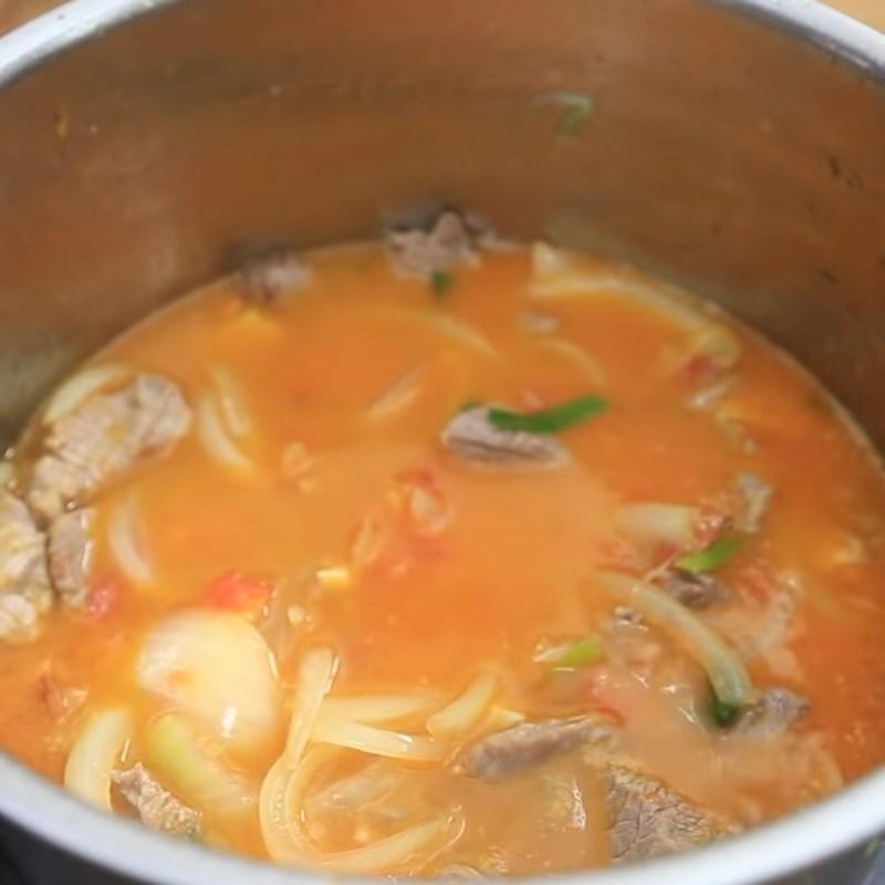 Bước 5 Hầm bò với sốt cà chua Bò sốt cà chua hầm