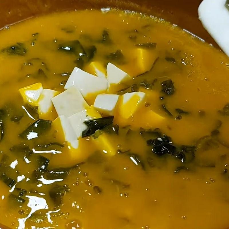 Bước 3 Hoàn thành món súp Súp bí đỏ chay rong biển