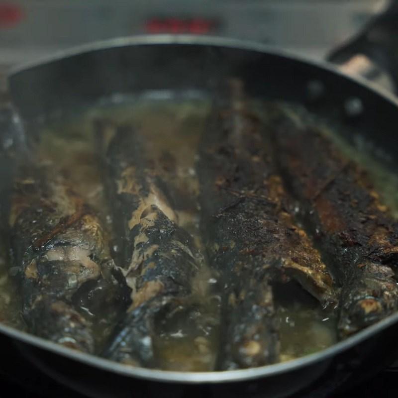 Bước 4 Kho cá Cá nục kho gừng