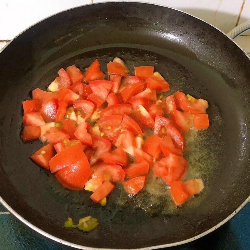 Bước 3 Làm đậu bắp xào cà chua Đậu bắp xào cà chua