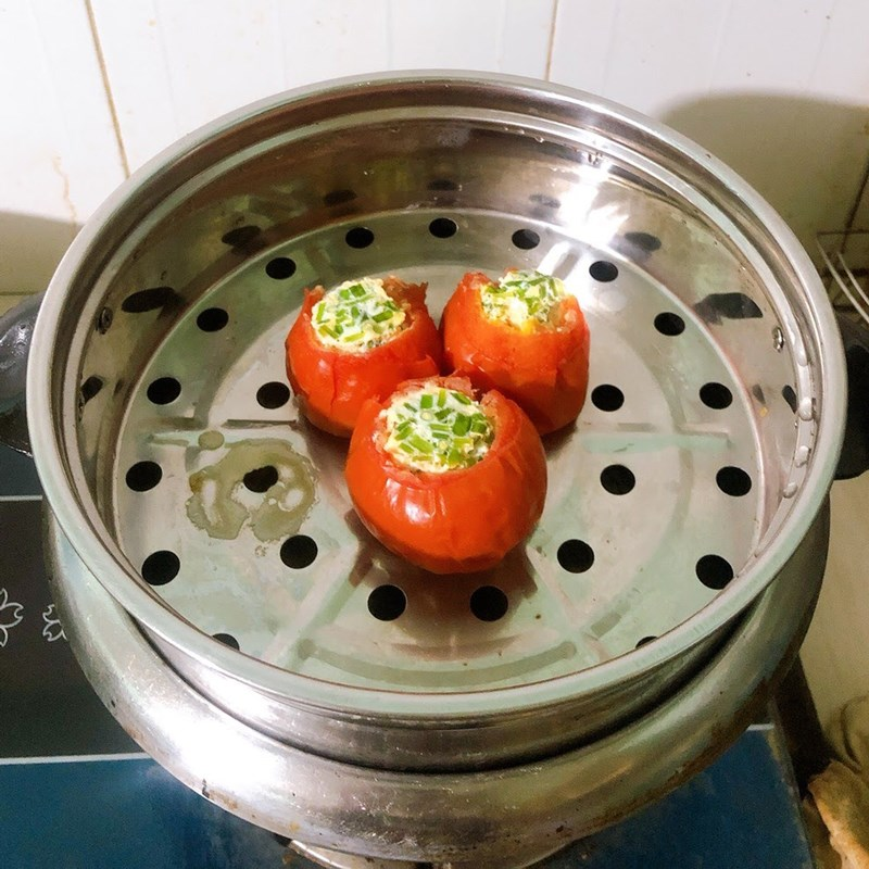 Bước 2 Làm trứng hấp cà chua Trứng hấp cà chua