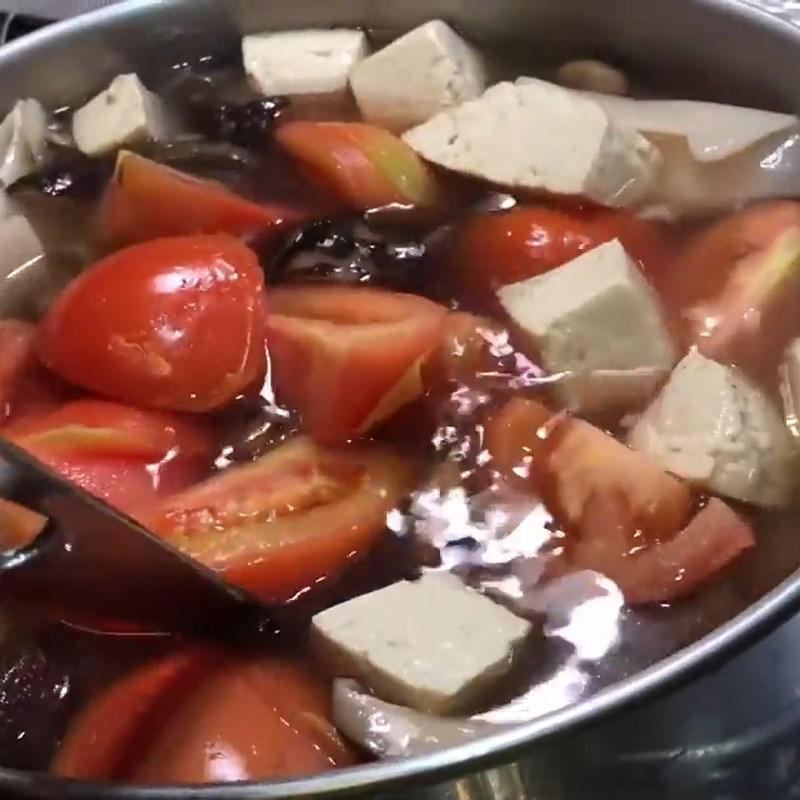 Bước 3 Nấu canh Canh măng chua mọc chay nấm