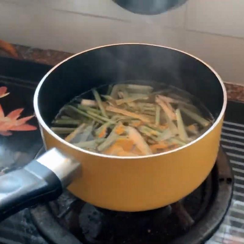 Bước 2 Nấu trà với sả Trà đào sả tắc