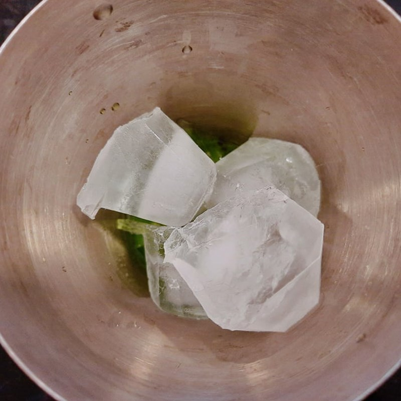 Bước 3 Pha mojito kiwi Mojito kiwi không cồn