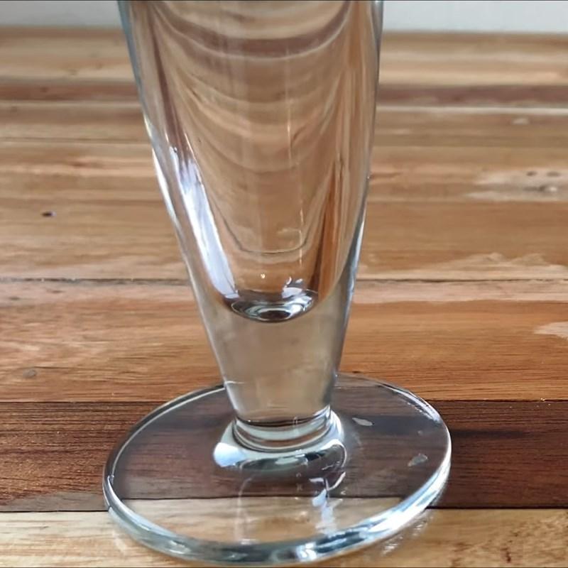 Bước 4 Pha soda phúc bồn tử Soda phúc bồn tử (quả mâm xôi) xay