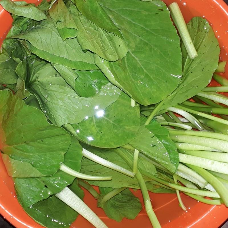 Bước 1 Sơ chế các nguyên liệu Canh cải ngọt tôm khô