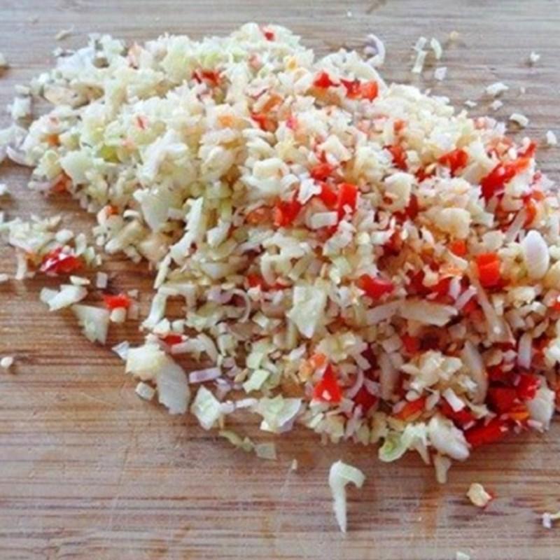 Bước 1 Sơ chế các nguyên liệu Ếch xào sả ớt cà ri