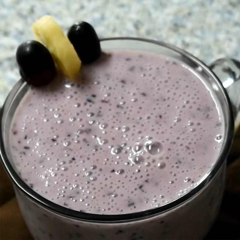 Bước 3 Thành phẩm Sinh tố nho đen chuối sữa chua