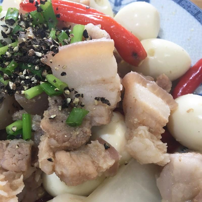 Bước 5 Thành phẩm Thịt kho trứng cút củ cải