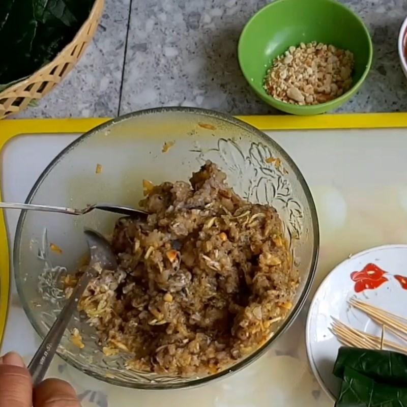 Bước 3 Trộn chả ếch Chả ếch cuộn lá lốt nướng