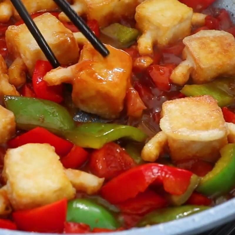 Bước 3 Xào sườn Sườn xào chua ngọt từ đậu hũ