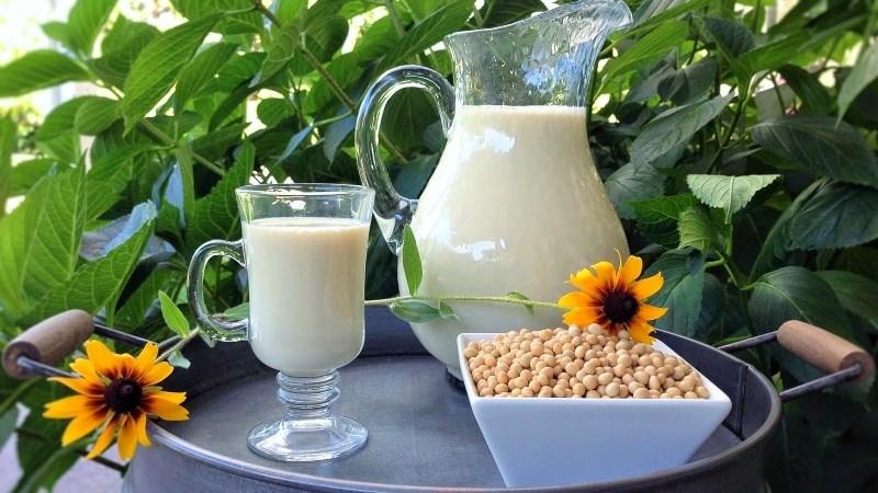 Nam giới uống sữa đậu nành có tốt không?