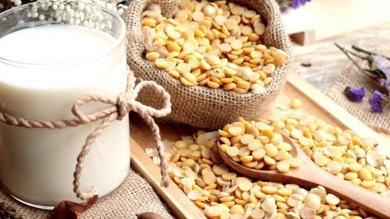 Đàn ông uống sữa đậu nành có bị vô sinh không?