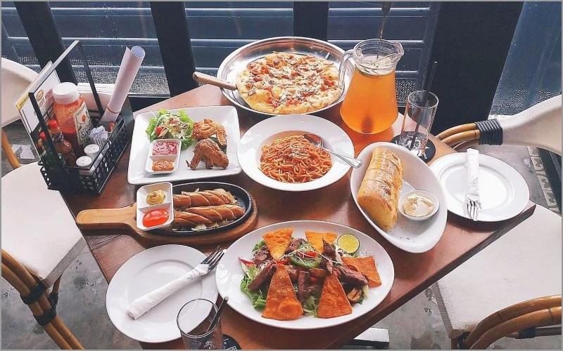 Nhà hàng Al frescos phục vụ bữa ăn cao cấp
