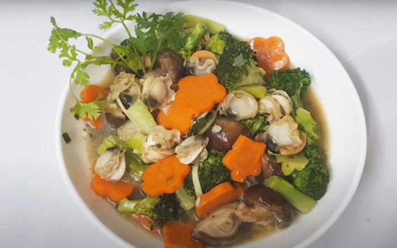 Cồi sò điệp xào bông cải