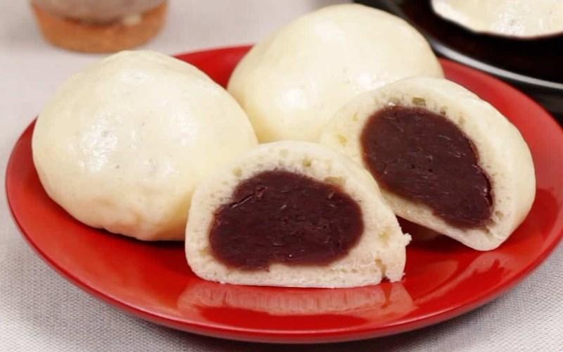 Bánh bao nhân đậu đỏ