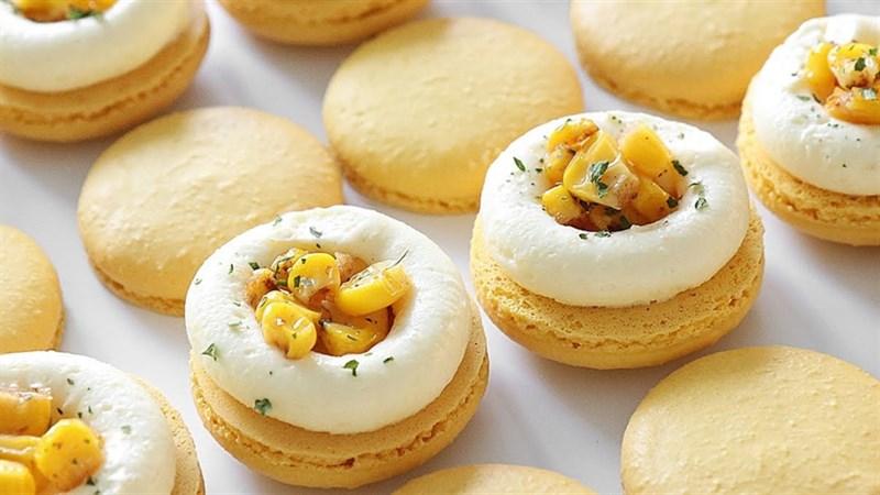 Bánh macaron phô mai ngô
