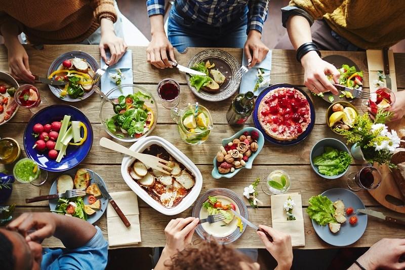 Ăn nhiều protein có tốt không?