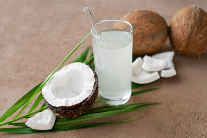 Nước dừa bao nhiêu calo?