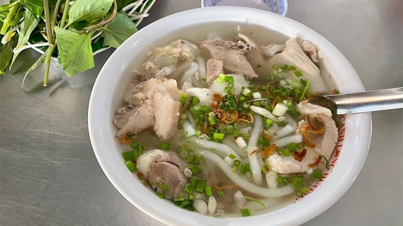 Bánh canh Long Hương