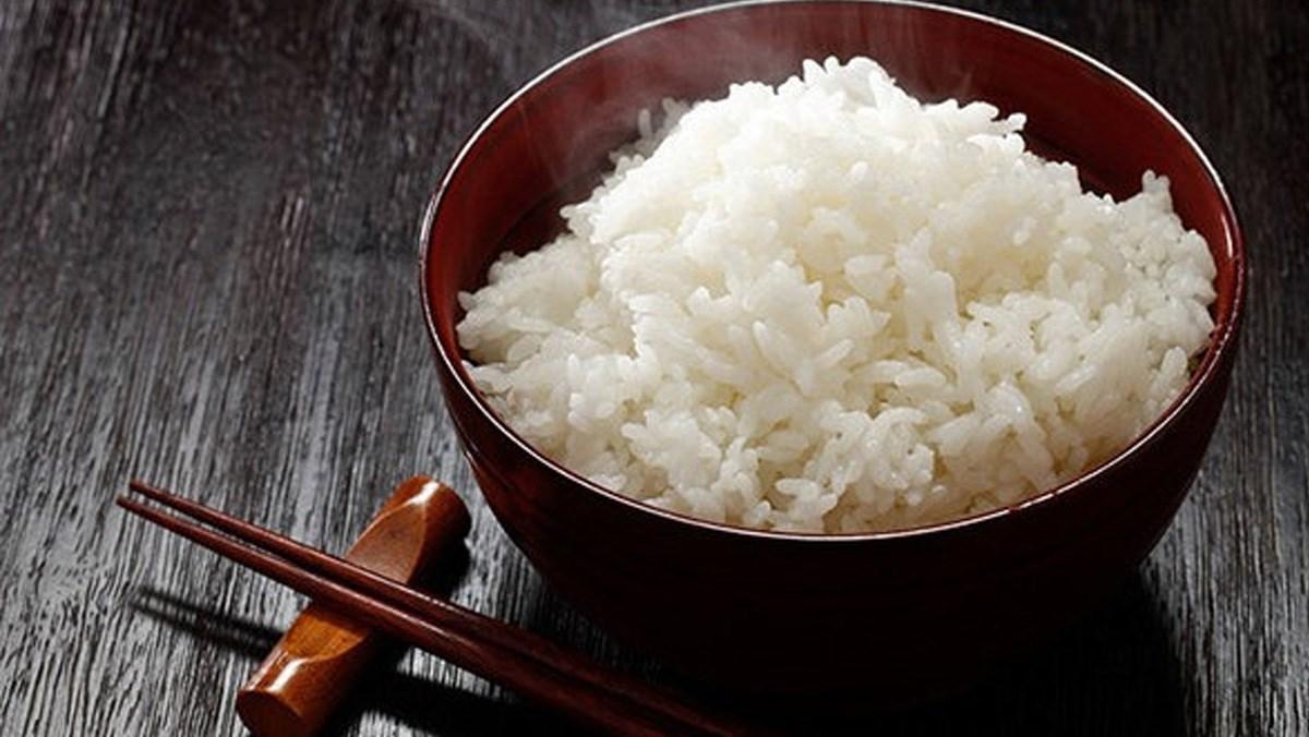 Cách nấu cơm bằng nồi cơm điện tử Toshiba mềm deo thơm ngon khó cưỡng