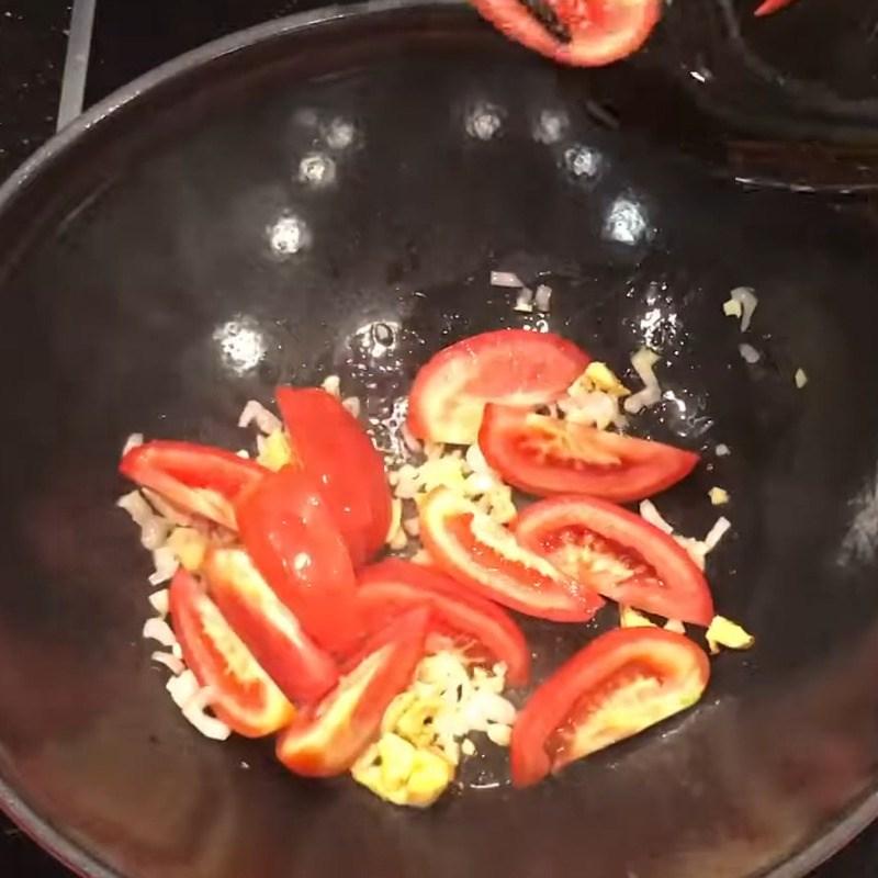 Bước 3 Nấu canh chua cá mai Canh chua cá mai