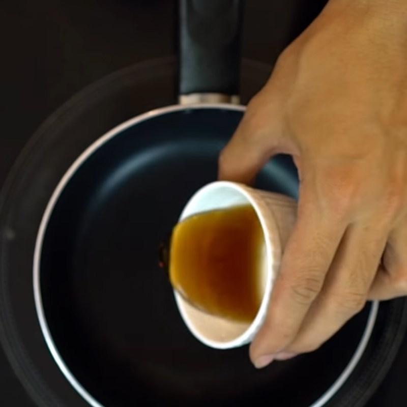 Bước 3 Nấu sốt Bò cuộn nấm kim châm áp chảo sốt rượu mirin
