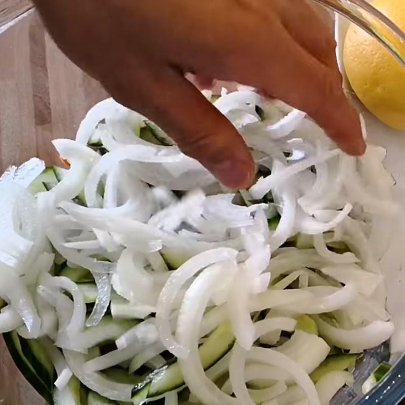 Bước 1 Sơ chế các loại rau củ Gỏi nấm tuyết chay cà rốt dưa leo