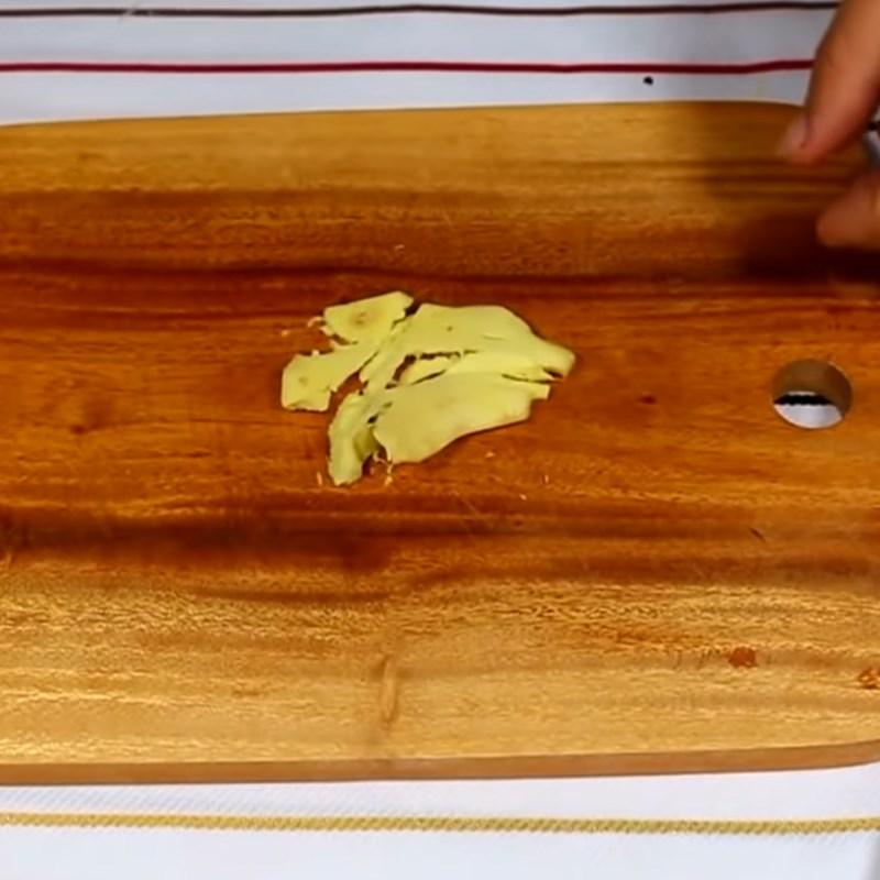 Bước 2 Sơ chế các nguyên liệu khác Cơm gà Phú Yên