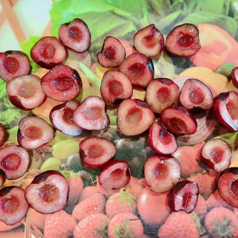 Bước 1 Sơ chế nguyên liệu Bánh bông lan cherry