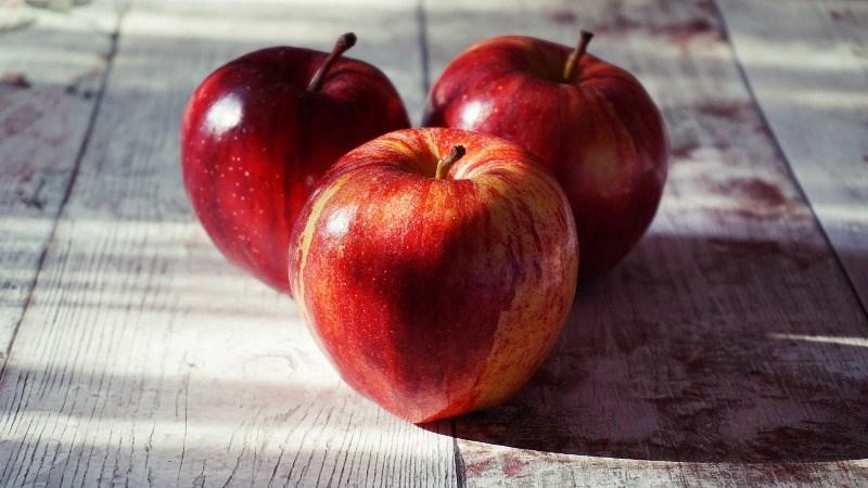 Có bao nhiêu calo trong một quả táo?
