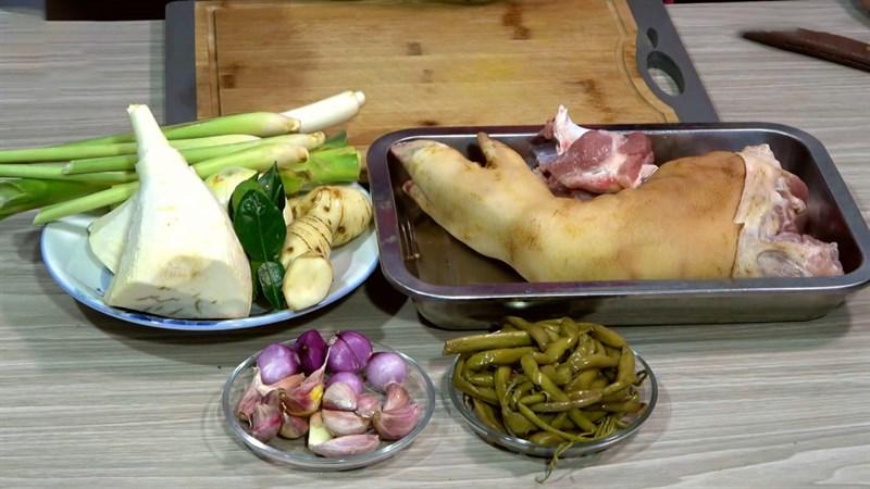 Nguyên liệu món ăn lẩu chân giò heo