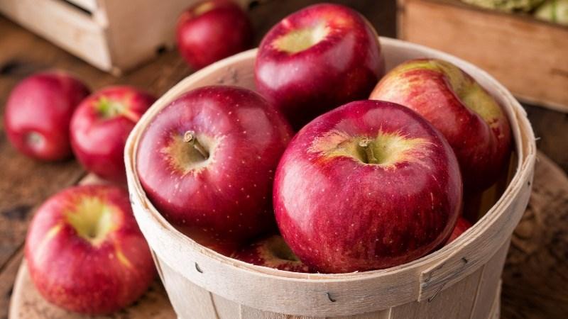 Cách chọn táo ngon
