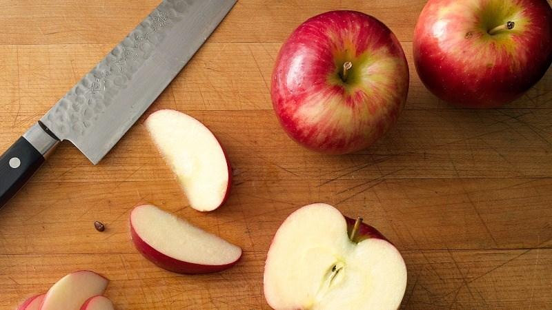Chọn và ăn táo đúng cách