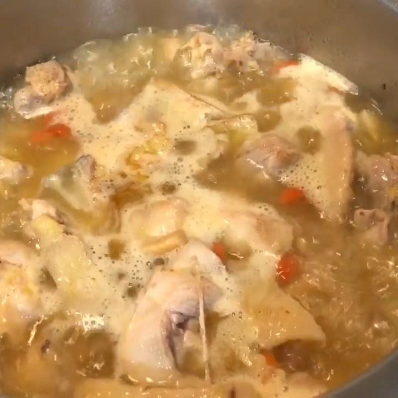 Bước 4 Nấu canh Canh gà kiểu Trung Quốc