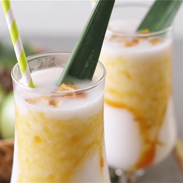 Sinh tố vú sữa dừa