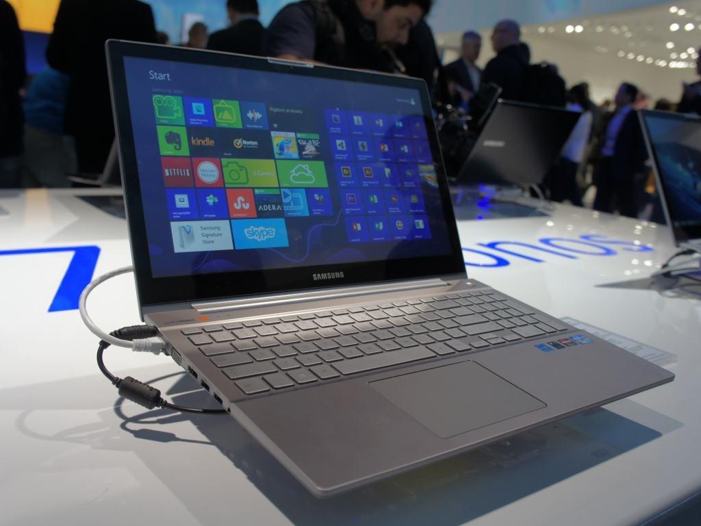 Các tính năng khác của Samsung NP535U3X