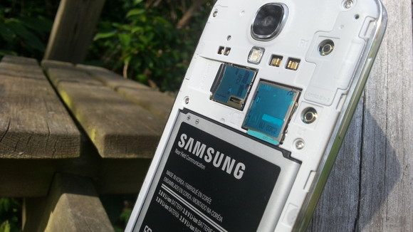 Galaxy S5 cần có pin tốt hơn