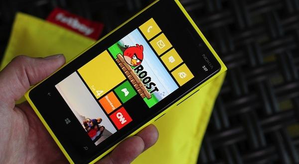 Lumia 920 sẽ có phiên bản giá rẻ