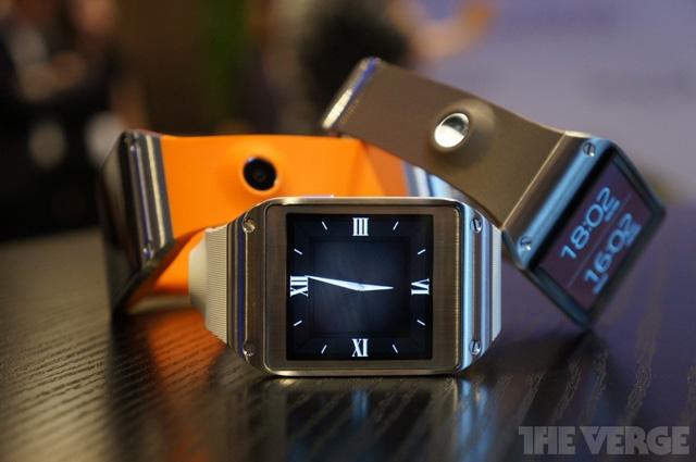 Galaxy Gear là mẫu đồng hồ thông minh đầu tiên của Samsung