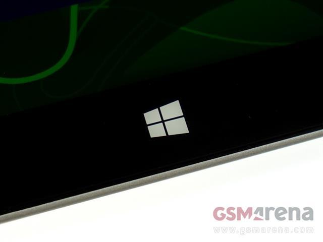 Nút Home cảm ứng mang sắc thái đặc trưng của dòng sản phẩm Windows