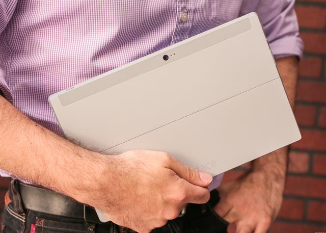 Surface 2 trợ lý tâm đắc của doanh nhân