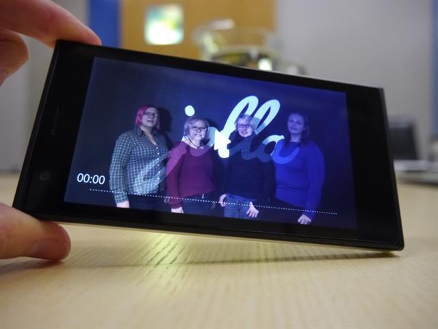 Jolla Phone có giá bán quốc tế khoảng 399 EUR/ khoảng 11,5 triệu đồng