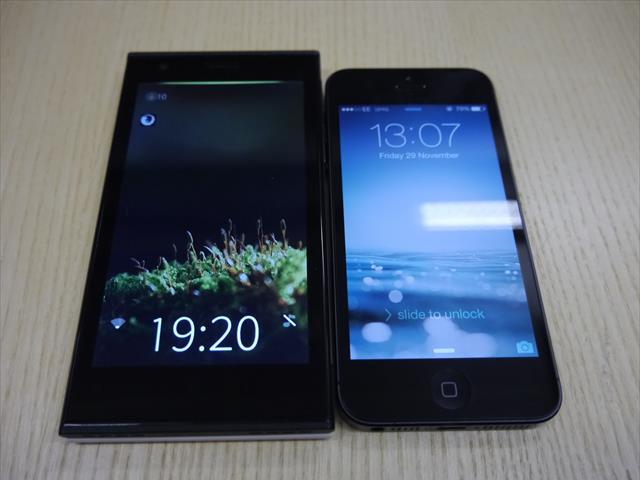 Jolla Phone đọ dáng cùng iPhone 5S