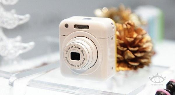 Ống kính smartphone rời mini của Altek