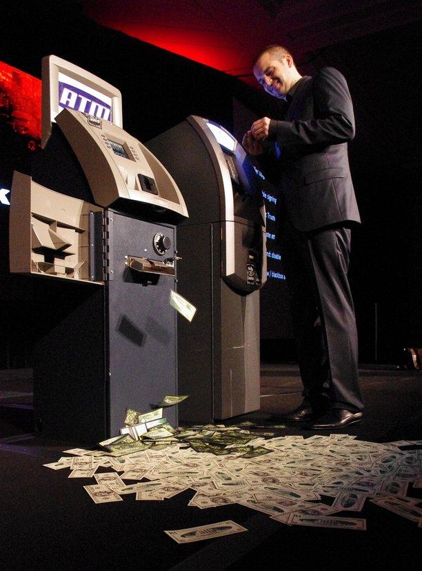 Hệ thống bảo mật ở các trạm ATM chạy Windows XP sẽ suy yếu dần khi không còn được Microsoft bảo hộ