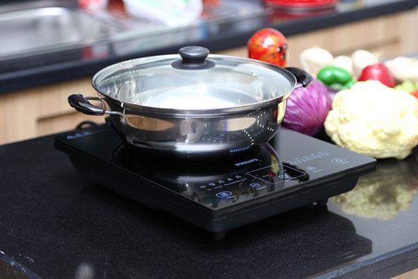 Cách sử dụng bếp điện từ cơ bản nhất, cho người lần đầu sử dụng