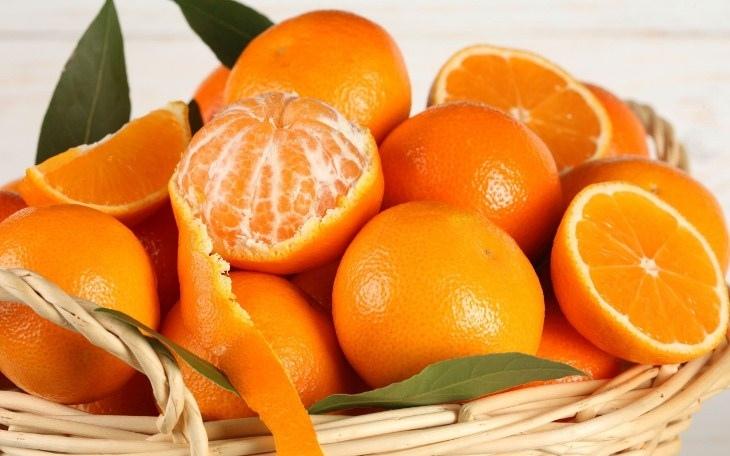 Vỏ cam có khả năng khử mùi khá tốt