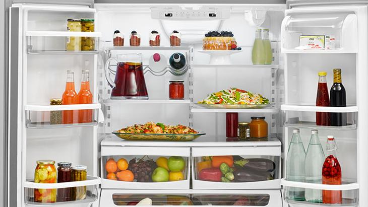 vệ sinh tủ lạnh để đảm bảo an toàn sức khỏe